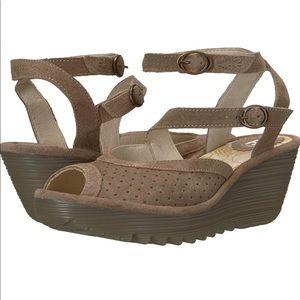 Fly London Yaxi945 Suede Wedges